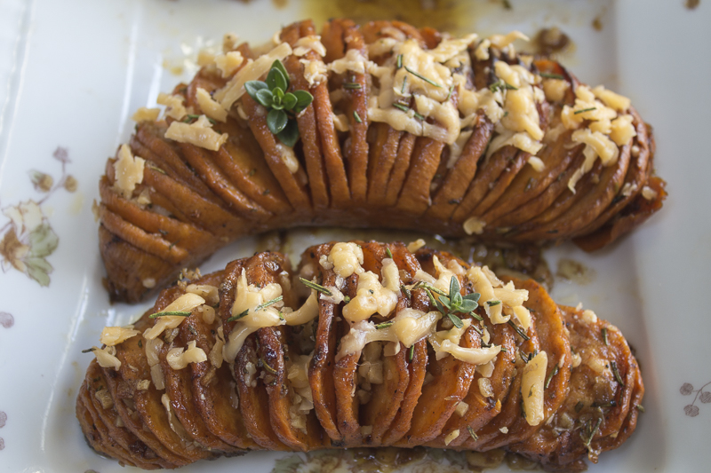 11.16.15 - Hasselback potatoes-32