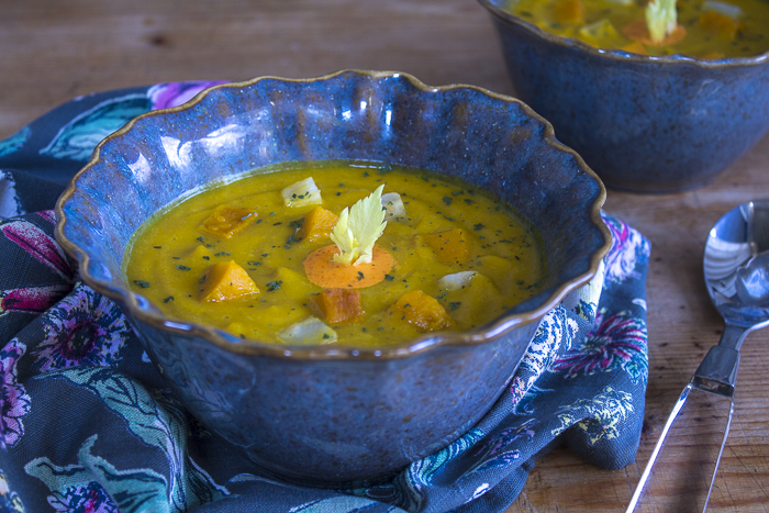 The perfect, healthy holiday soup!