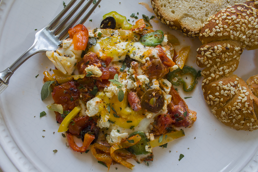 3.1.16 - Greek baked eggs-15