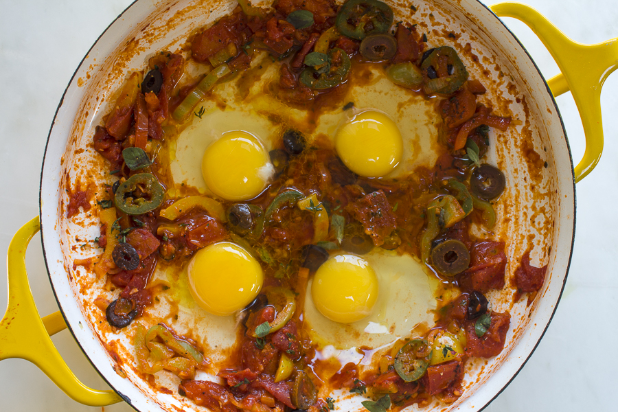 3.1.16 - Greek baked eggs-7