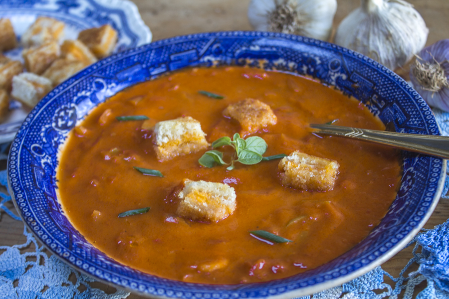 Satisfying Tomato Garlic Soup with Grilled Cheese Croutons