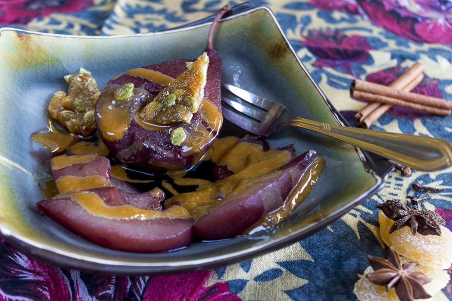 Poached Pears in Spiced Red Wine and Pomegranate Juice ...