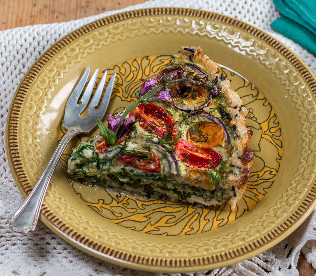 Spinach, Feta and Tomato Quiche with Wild & Brown Rice Crust
